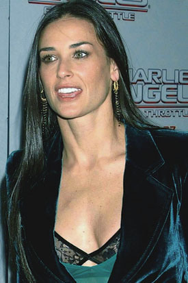 Demi Moore = Straight Gorgeous Hair