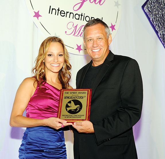 Pageantry CEO Carl Dunn was on hand to present the Pageantry Spirit Award to Kristen Murphy